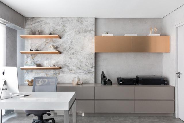 Projeto de sala comercial de 40m² prioriza conforto e versatilidade